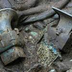 Hallan en China una máscara de oro de una misteriosa civilización de hace 3.000 años